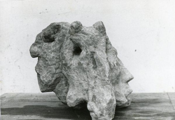 Tres Cabezas II (lateral izqda)