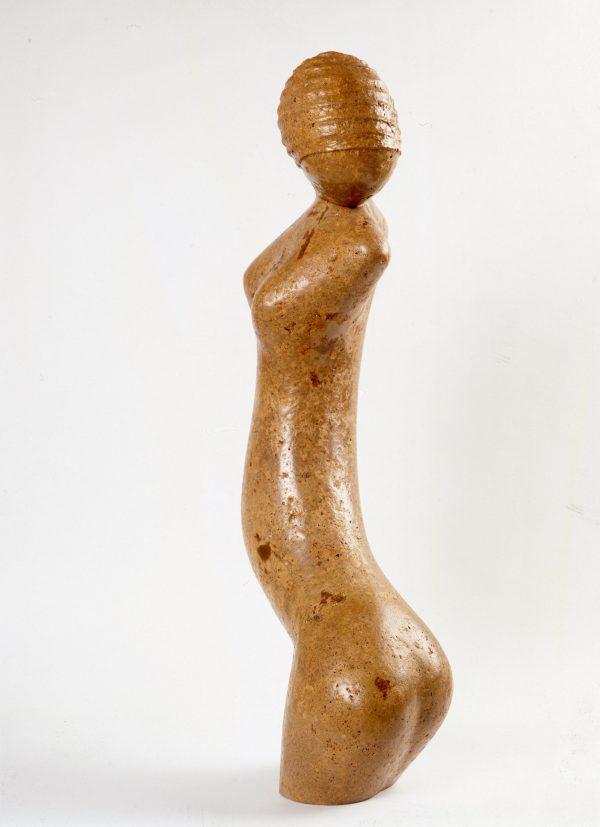 Mujer con Gorro (lateral)